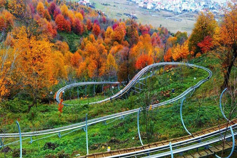 پارک جنگلی سیاه داران از جاذبه های گردشگری در استان گیلان است .